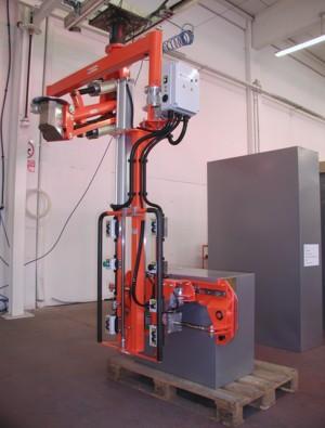 Manipolatore ATIS a pinza pneumatica per armadi metallo 04
