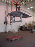 Manipulator with suction cups tool for panels and mirrors 02