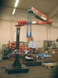 ATISacer 80 manipulator with suction cup gripping system