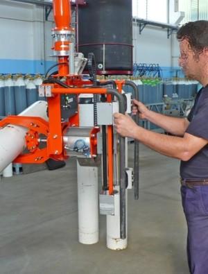 Recepción bombonas - Manipulador neumático ATIS