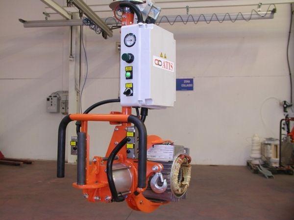 Manipolatore ATISmirus 80 a pinza pneumatica per statori 05