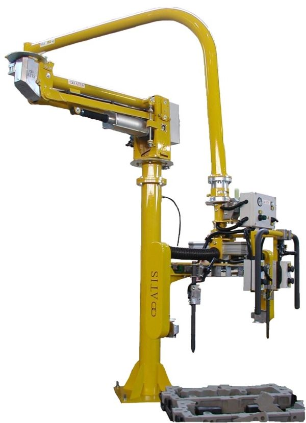 Manipulator ATISmirus 100 with clamp tool for sand casts