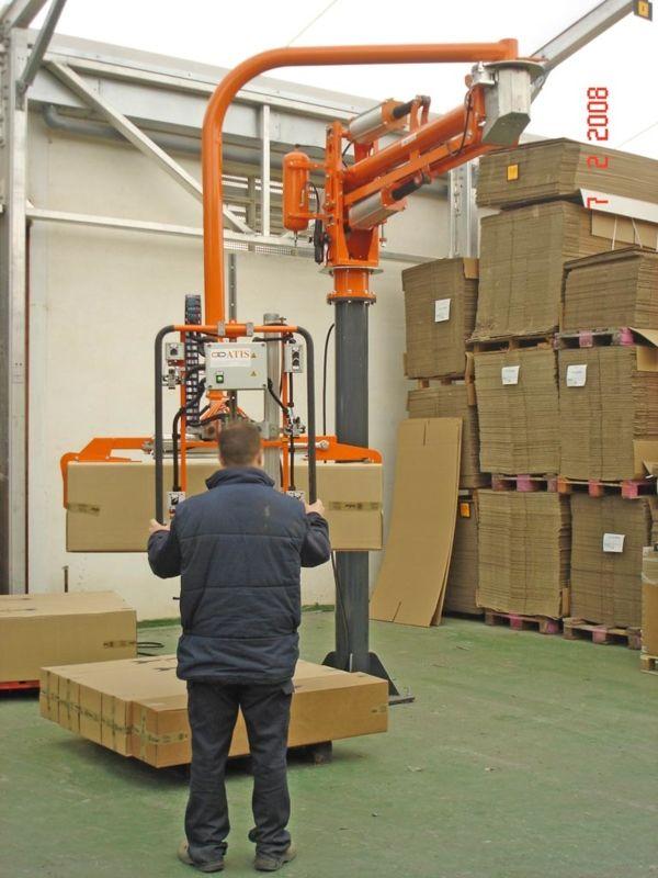 Clamp for cardboard boxes - Pneumatic Manipulator ATIS