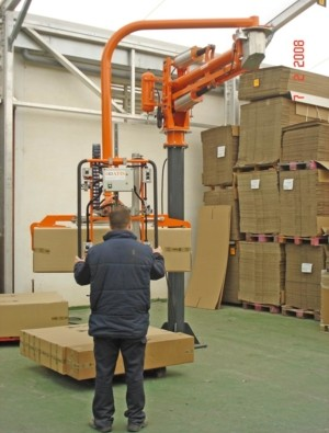 Clamp for cardboard boxes - Pneumatic Manipulator ATIS