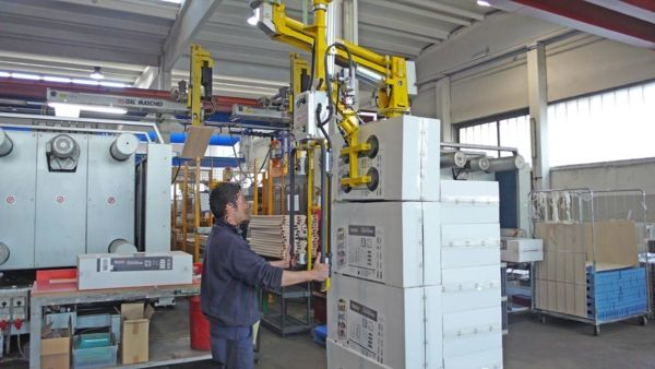 Imballaggi scatole - Manipolatore pneumatico ATIS