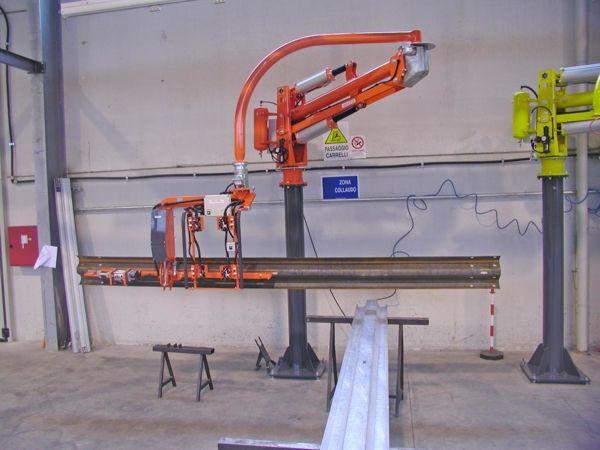 ATISmirus 300 - guardrail - Manipolatore pneumatico ATIS