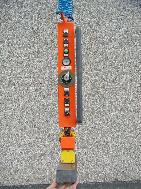 ATISacer 150 - attrezzo magnete - Manipolatore pneumatico ATIS