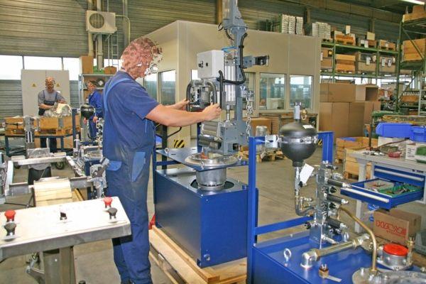 ATISlinear - Hawe hydraulics - Pneumatic Manipulator ATIS