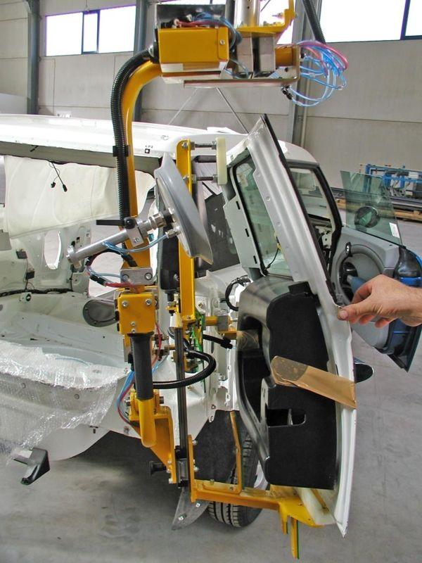 Puerta posterior - Manipulador neumático ATIS