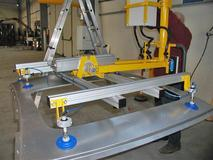 Roof gripping tool - Pneumatic Manipulator ATIS