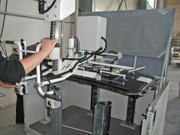 Techo en cristal - toma de contenedor - Manipulador neumático ATIS