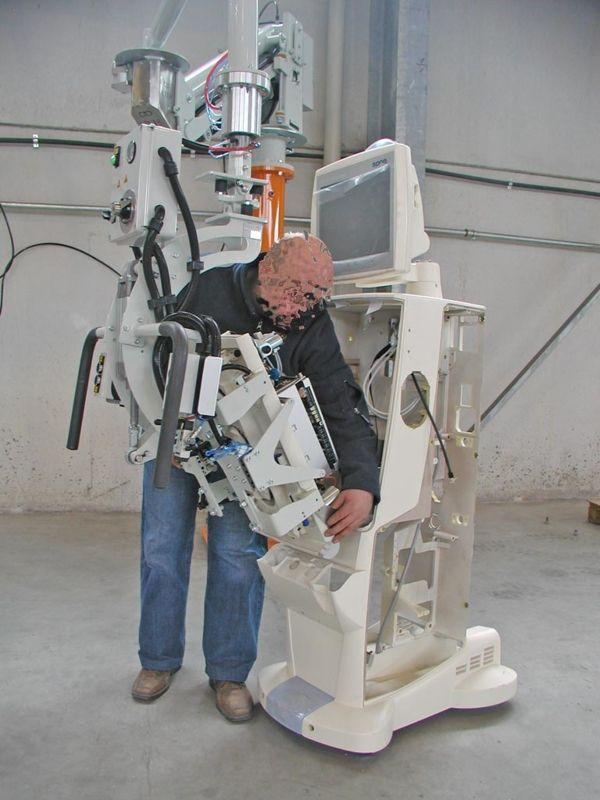 Dialysis machine frame - Pneumatic Manipulator ATIS