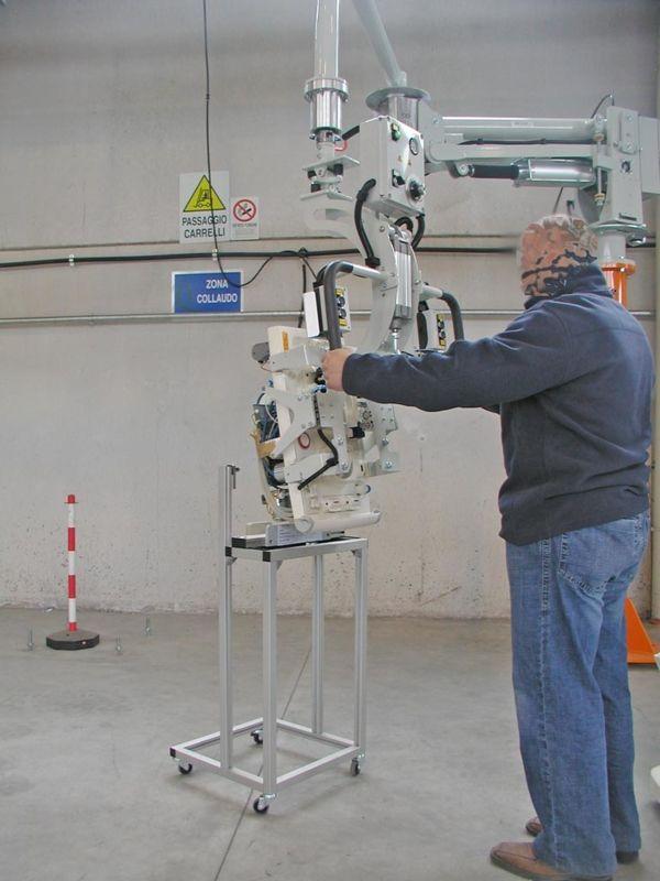 Cuerpo máquina diálisis - Manipulador neumático ATIS