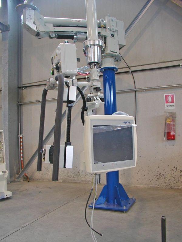 Monitor máquina diálisis - Manipulador neumático ATIS